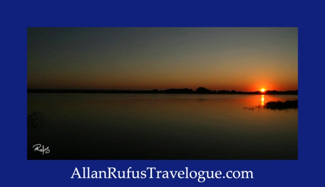 Travelogue - Allan Rufus. Botswana, Kasane, A beautiful sunrise across the Chobe River