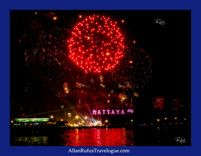 Happy New Year - Fire Works Pattaya Thailand 2014
