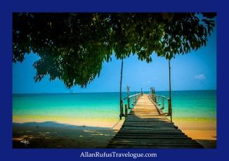 Street Photography - A wooden pier and azure blue sea - Koh Samet - Thailand!