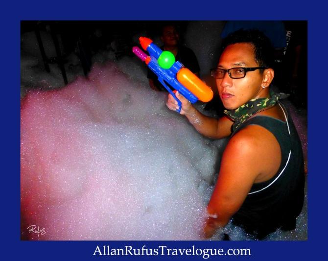 Street Photography - Foam party on Songkran!