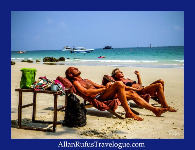 Street Photography - Sun tanning on Koh Samed (Island)